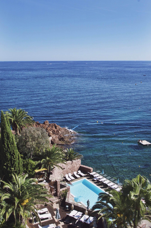 02-Tiara-Miramar-Beach-Hotel-Spa-Cote-dAzur-Disi-Couture-Edisa-Shahini-Cannes-France