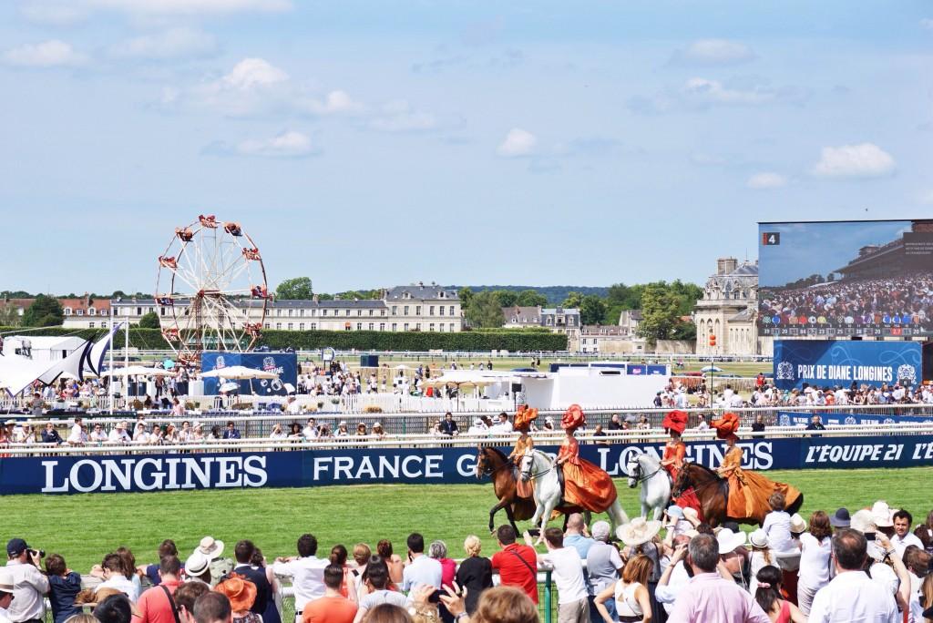 03-Prix-de-Diane-Longines-2015-Disi-Couture-France-Galop-Chantilly-Racecourse-Horse-Race
