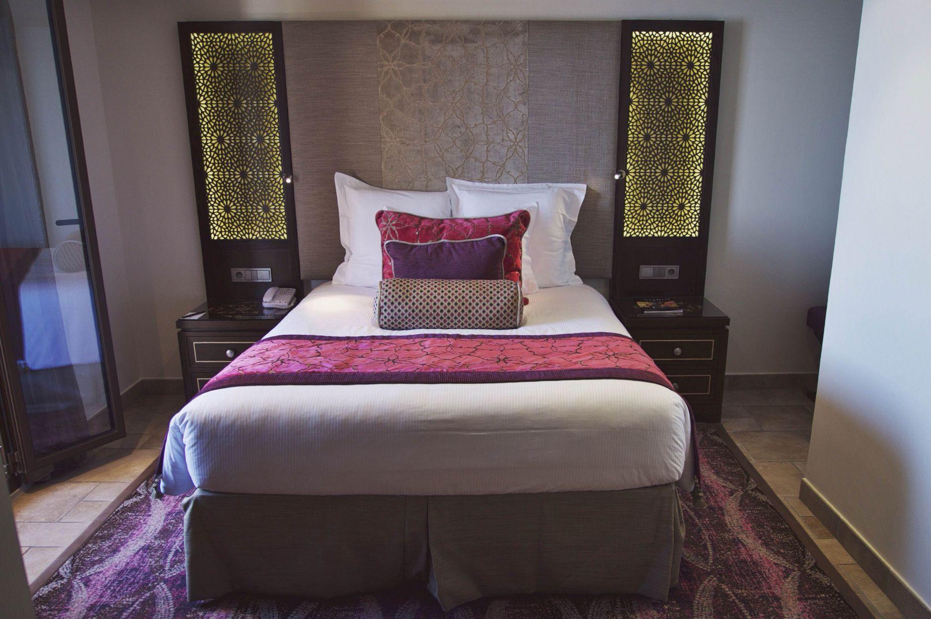 05-Tiara-Miramar-Beach-Hotel-Spa-Cote-dAzur-Disi-Couture-Edisa-Shahini-Cannes-France