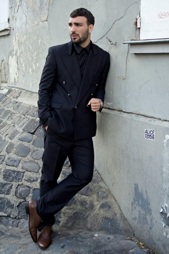 10-Ledri-Vula-Yllka-Brada-Edisa-Shahini-Photography-black-suit
