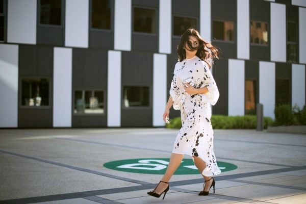 11-Silky-way-GON-Austrian-Fashion-Moiree-Disi-Couture