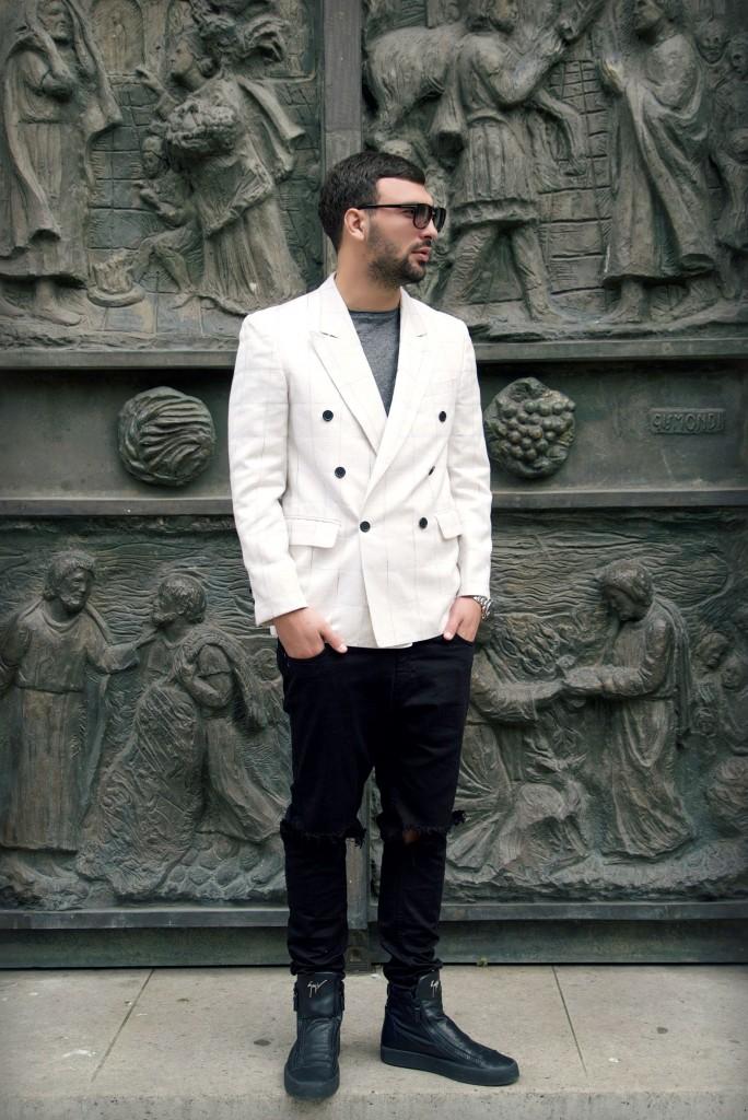 16-Ledri-Vula-Yllka-Brada-Edisa-Shahini-Photography-white-blazer