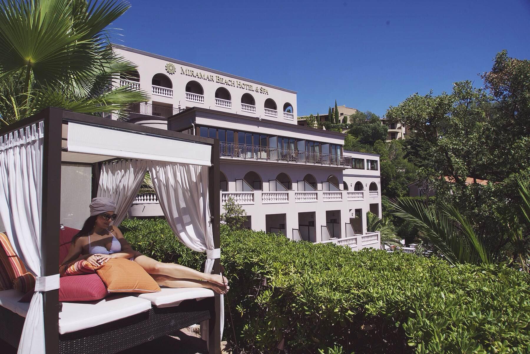 19-Tiara-Miramar-Beach-Hotel-Spa-Cote-dAzur-Disi-Couture-Edisa-Shahini-Cannes-France
