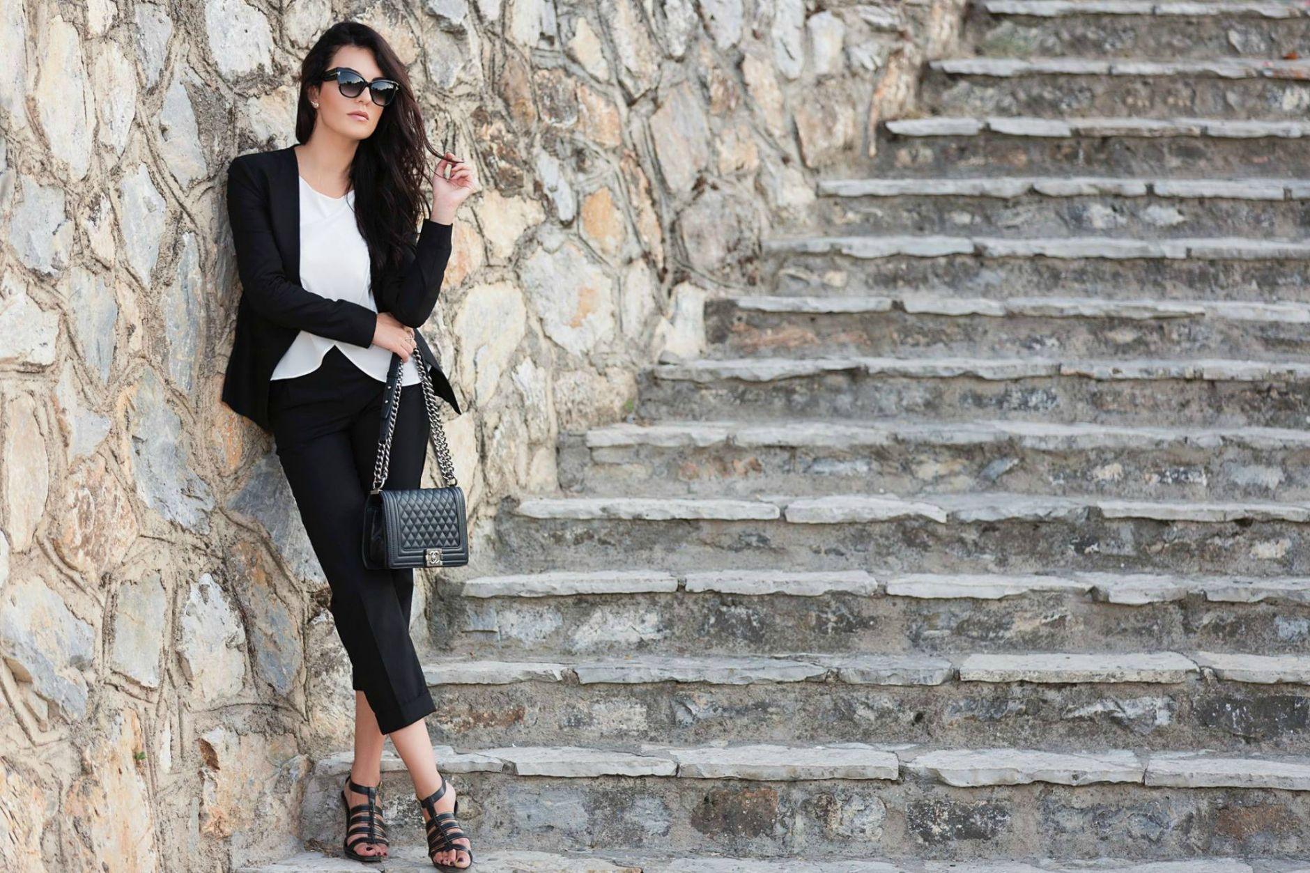 Black-Suit-Yllka-Brada-Besim-Mydyti-Edisa-Shahini-Prizren-Aug-2015-03
