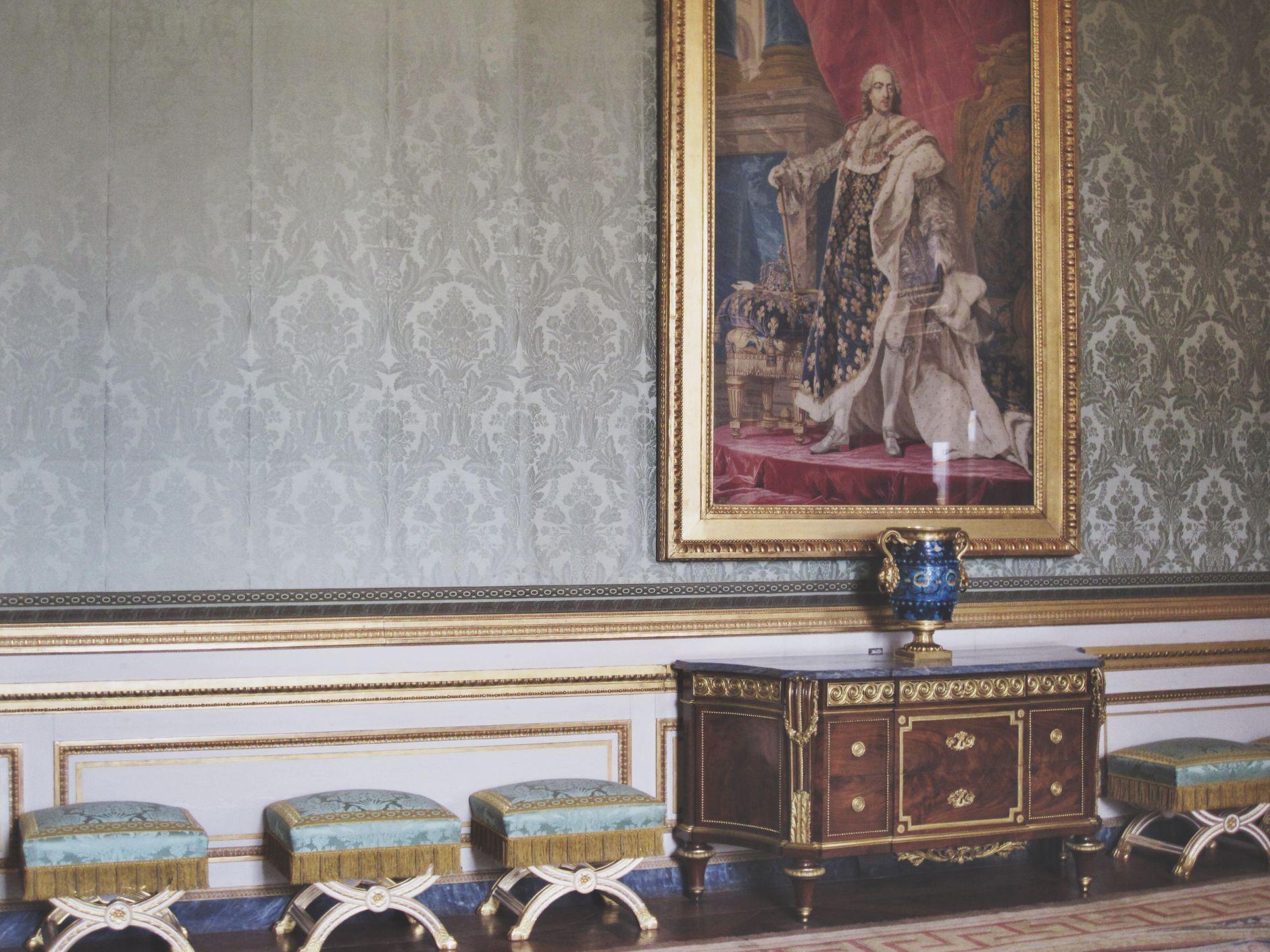 Château-de-Versailles-rooms-disi-couture-01