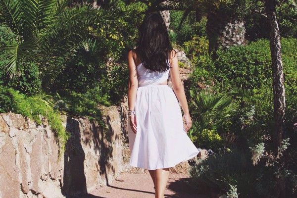 Lost-In-Paradise-Tiara-Miramar-Beach-Hotel-Cannes-France-2015-Disi-Couture-03