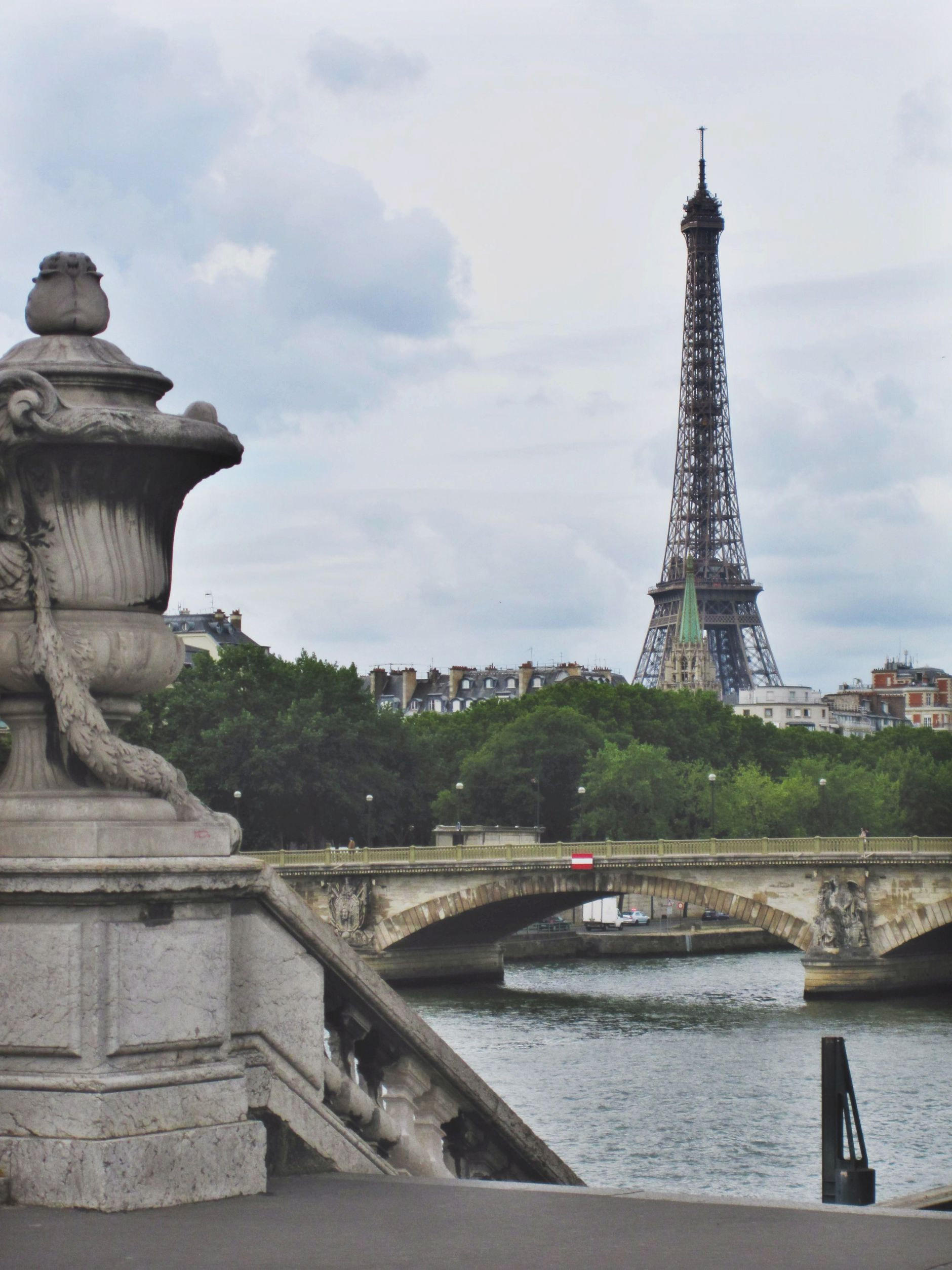 Pont-Alexandre-III-eiffel-tower-river-disi-couture-0183
