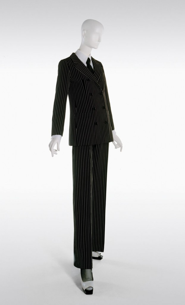 Yves_Saint_Laurent_Style_Is_Eternal_Exhibition_Bowes_Museum_uk_Disi_Couture_05