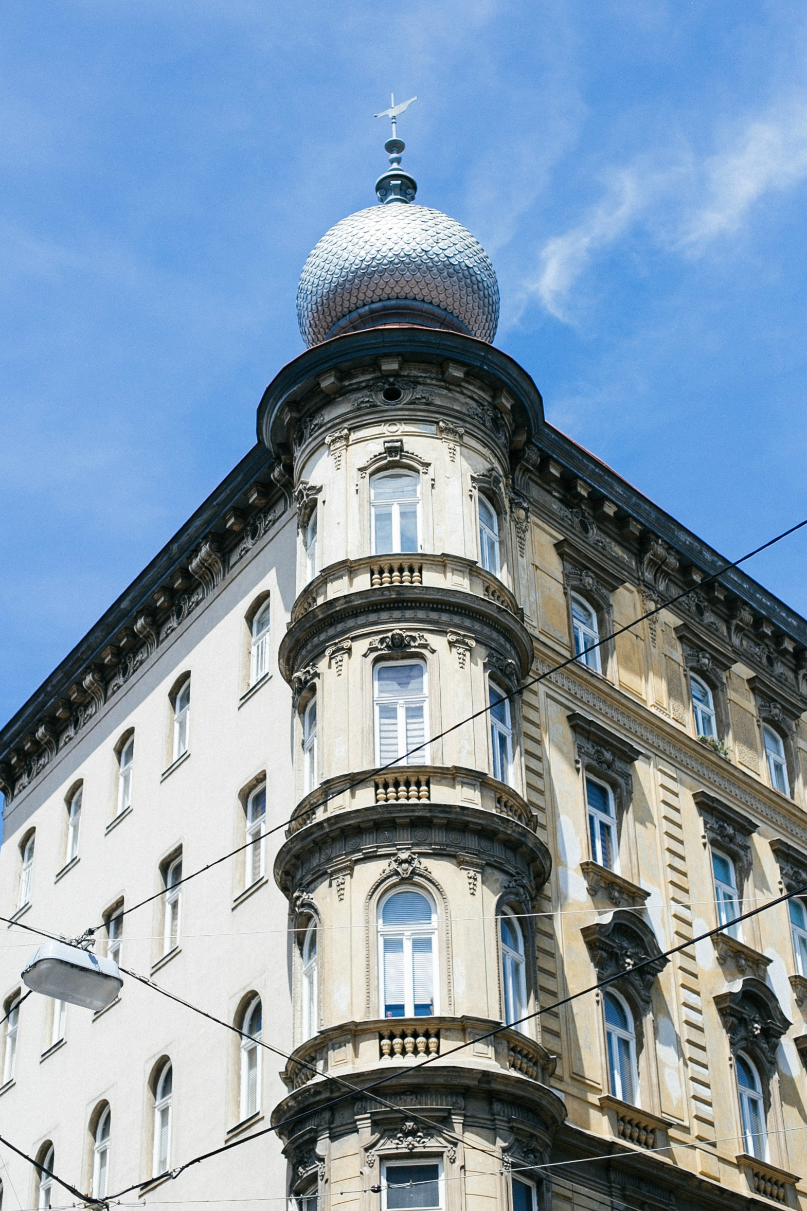 airbnb-hosting-vienna-austria-appartments-for-rent-disicouture-11