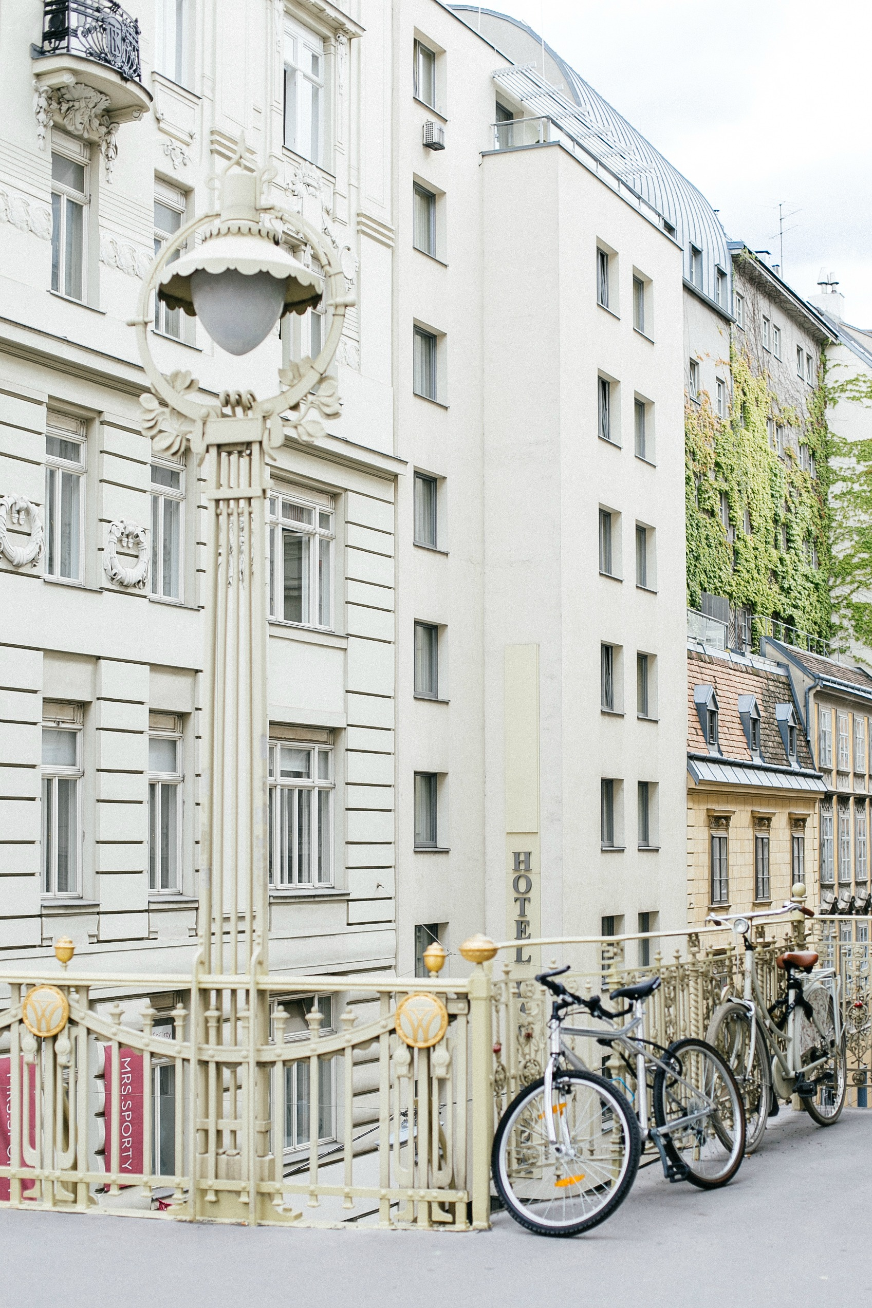 airbnb-hosting-vienna-austria-appartments-for-rent-disicouture-60