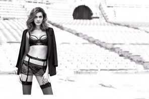 DC FASHION NEWS: ANA BEATRIZ BARROS FOR INTIMISSIMI'S FALL 2014 CAMPAIGN