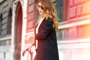 DC TENUE DU JOUR: BLACK DUSTER COAT