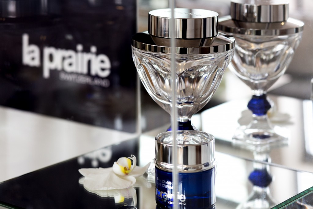 dc-beauty-la-prairie-skin-caviar-luxe-cream-sheer-skin-foundation-spf-15-caviar-spectaculaire-caviar-concealer-caviar-spectacul-87