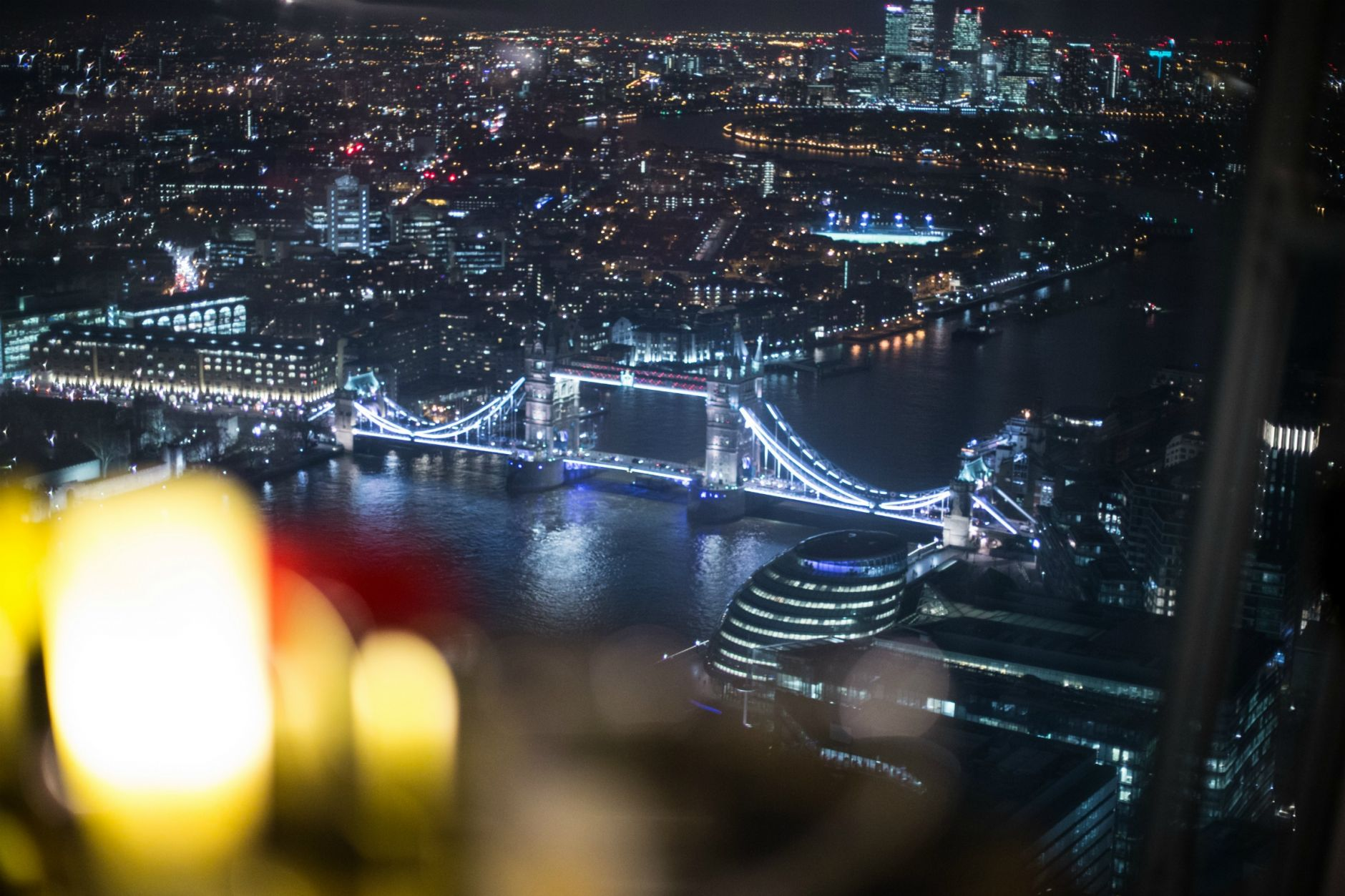 disi-couture-travel-shangri-la-hotel-shard-london-tower-bridge-england-edisa-shahini-15