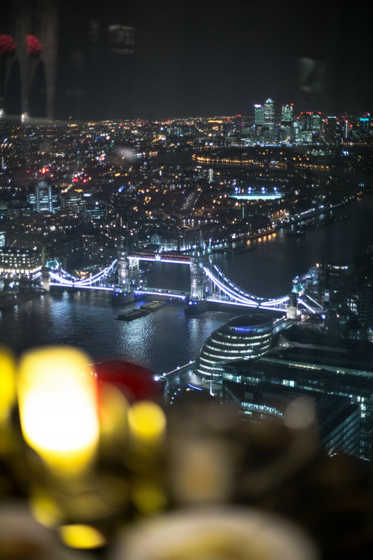 disi-couture-travel-shangri-la-hotel-shard-london-tower-bridge-england-edisa-shahini-16