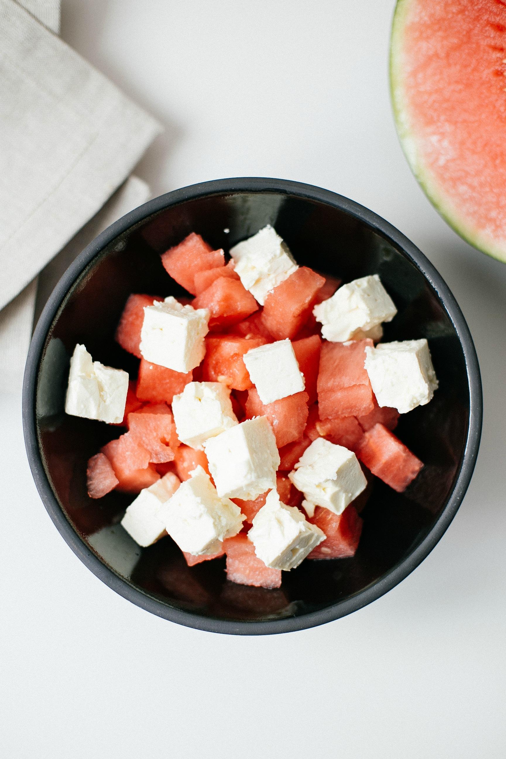 disi-couture-watermelon-avocado-summer-salad-fresh-easy-01