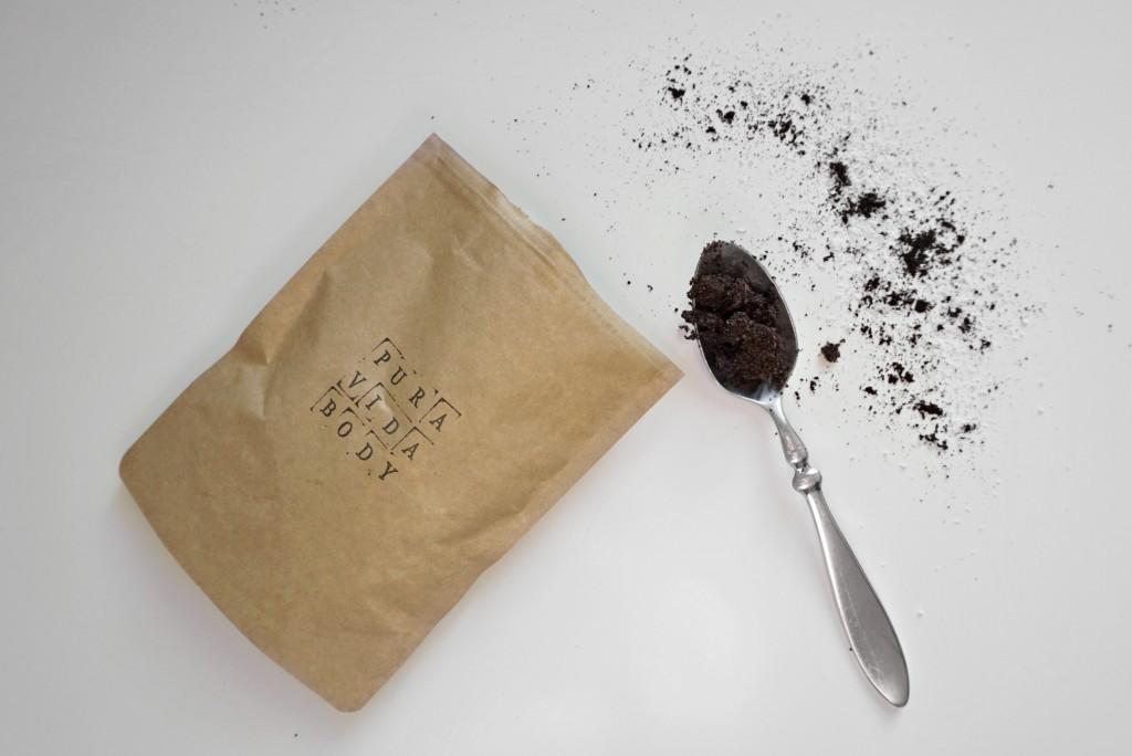 pura-vida-body-scrub-coffee-coconut-oil-vegan-natural-disi-couture