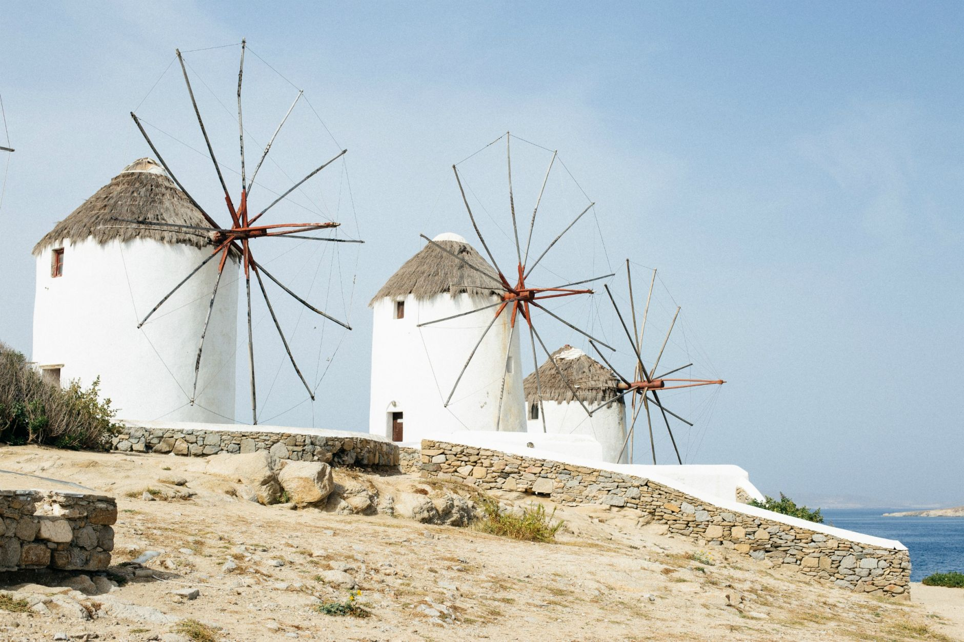 wind-mills-mykonos-town-2016-holidays-vacay-disi-couture-02