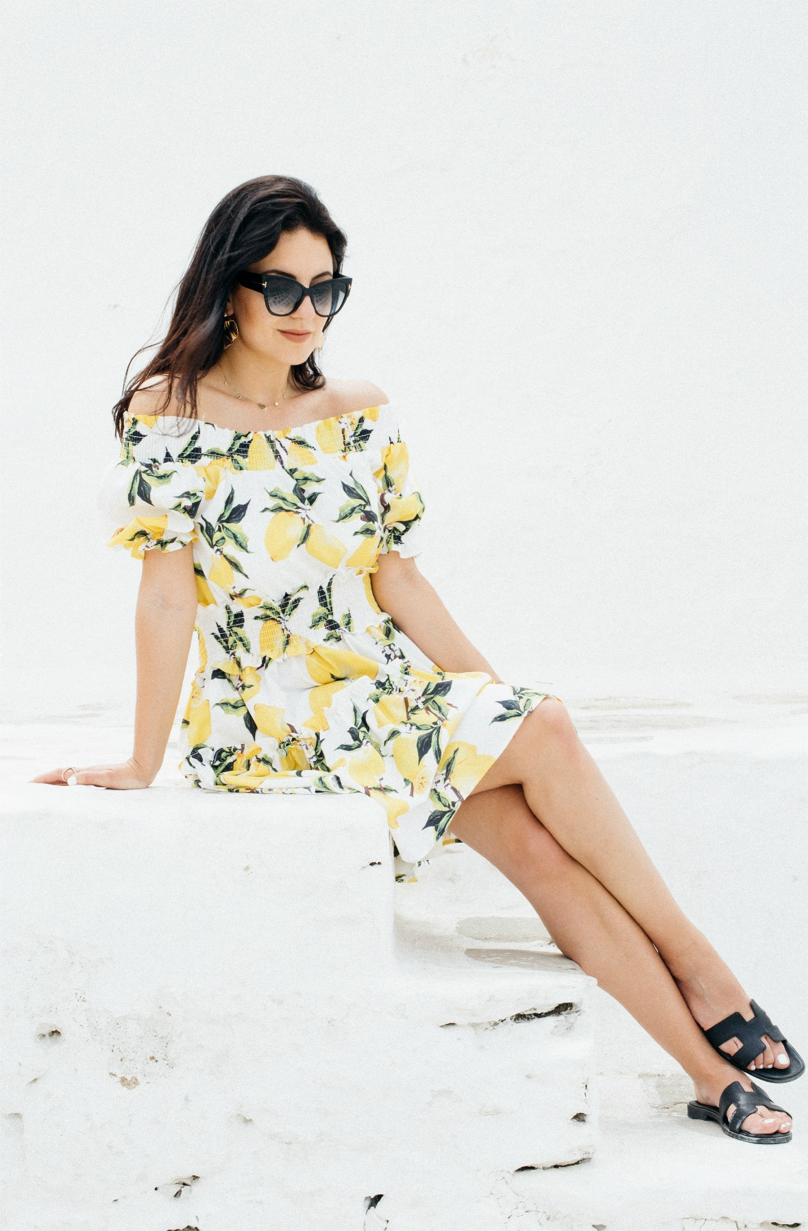 wind-mills-mykonos-town-2016-holidays-vacay-disi-couture-lemon-print-dress-30