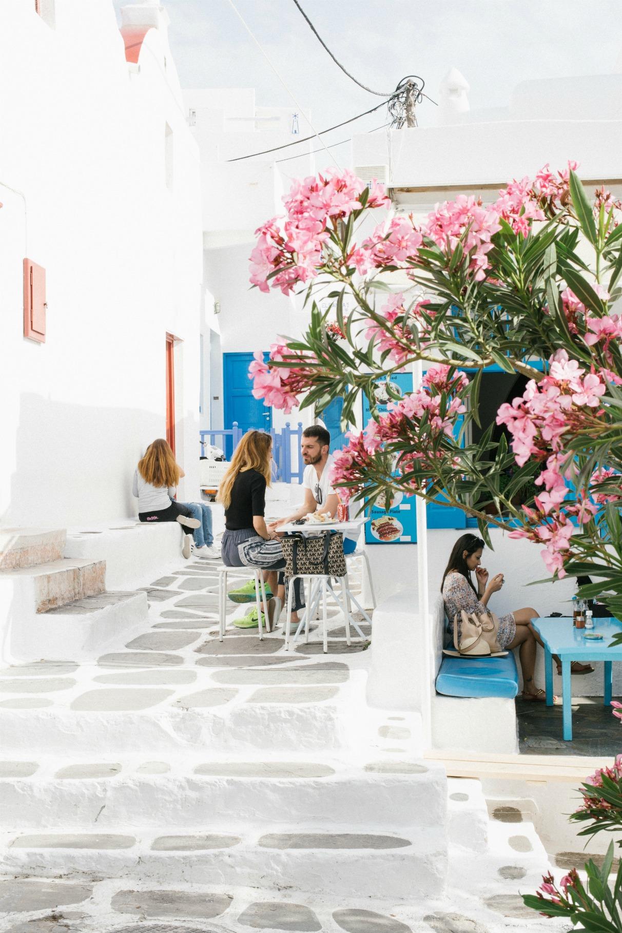 wind-mills-mykonos-town-2016-holidays-vacay-disi-couture-lemon-print-dress-40